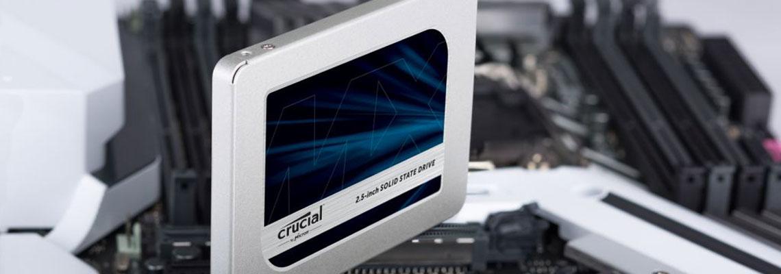 Die Festplatte mit der Technologie der dynamischen Schreibbeschleunigung Crucial MX500 2,5 Zoll