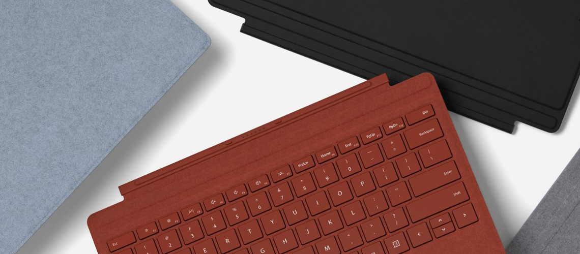 Die Tastatur mit hintergrundbeleuchteten Tasten Tastenabstand Trackpad für Steuerung und Navigation MICROSOFT SURFACE PRO SIGNATURE TYPE COVER FFP00125 ICE BLAU DE