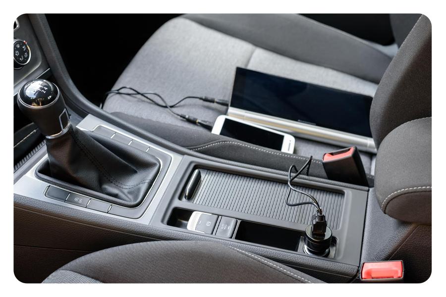 Auto Ladegerät Universal microUSB Lightning Apple 30-PIN MiniUSB Handy Smartphone